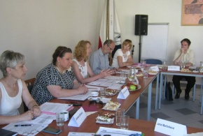 """Pracovní setkání """"Integrace a vzdělávání cizinců"""" 2. 7. 2015"""